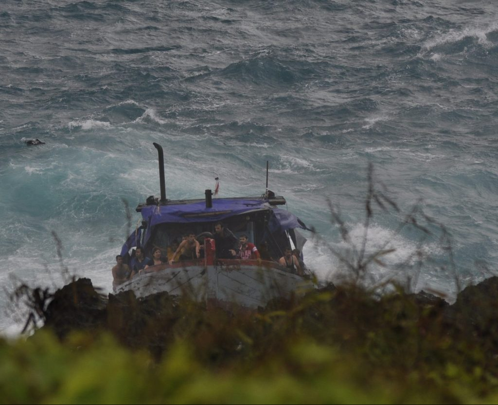 Christmas Island Boat Disaster - Prior to impact